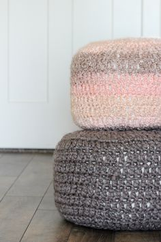 Follow this free pattern and tutorial to create crocheted floor cushions. The pattern has been simplified. Great for a beginner!