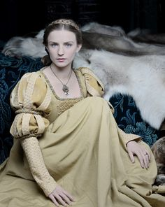 Faye Marsay as Anne Neville in The White Queen