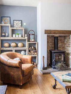 country oturma odasi dekorasyonu koltuk kumas desenleri perde hali kirlent secimi (4)
