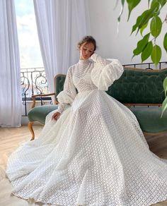 Old Dresses, Event Dresses, Pretty Dresses, Formal Dresses, Cheap Wedding Dress, Dream Wedding Dresses, Bridal Dresses, Wedding Gowns, Princess Bride Dress