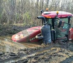 Quadtrac in the mud . Big Tractors, Farmall Tractors, Ford Tractors, Agriculture Tractor, Stuck In The Mud, Off Road Adventure, Antique Tractors, Trucks And Girls, Case Ih