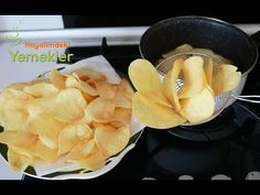Easiest Potato Chips at Home – Recipes Home Recipes, Snack Recipes, Snacks, Crispy Potatoes, Potato Chips, Fruit, Cooking, Easy, Food