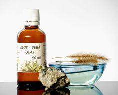 Aloe vera olaj – az olaj is számos bőr- és egyéb problémára alkalmazható, hatékony segítség, azonban szója tartalma miatt allergizálhat Aloe Vera, Wine, Bottle, Flask, Aloe