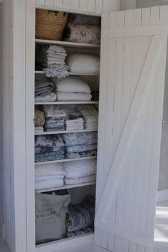 gorgeous attic closet organizers to get unique look page 13 Linen Cupboard, Attic Closet, Compact Living, Interior Decorating, Interior Design, Cottage Style, Home Organization, Farmhouse Decor, Sweet Home