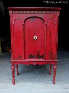 Como pintar muebles de rojo y propuestas de muebles pintados que te ayudarán a hacer un cambio original en tus propios muebles.