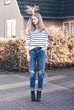 OUTFIT   Ripped Jeans