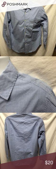 J Crew Mens Sz M Blue Plaid Button Up Shirt 15 1/2 J Crew Mens Sz M Blue Plaid Button Up Shirt 15 1/2 16 100% Cotton  100% Cotton Non smoking home J. Crew Shirts Casual Button Down Shirts