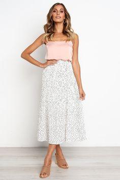 New white polka dot pleated midi ruffle women skirt plus size spring summer White Skirt Outfits, White Pleated Skirt, Midi Skirt Outfit, Spring Skirts, Spring Outfits, Winter Outfits, Pull Bebe, Cute Skirts, Office Outfits