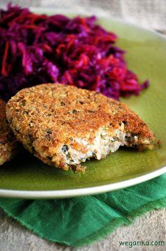 Kuchnia wegAnki: Kotlety z kaszy gryczanej i tofu Tofu, Going Vegetarian, Salmon Burgers, Food And Drink, Veggies, Health Fitness, Tasty, Cooking, Healthy Lunches