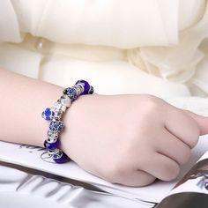 Elegant and Elegant Color Bracelet Silver Charm with Blue Murano Glass