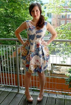 A Stitching Odyssey: Elisalex of ecstasy.and shame! Pattern as a skirt would be amazing Diy Dress, Dress Skirt, Dress Ideas, Clothing Patterns, Dress Patterns, Sewing Patterns, By Hand London, Made Clothing, Weekend Style
