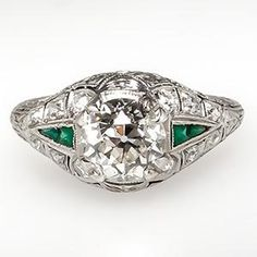Antique Engagement Ring w/ Old European Cut Diamond in Platinum Art Deco 1920's