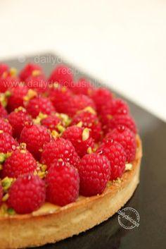 dailydelicious: Tarte passion framboise: Raspberry Passion fruit T...