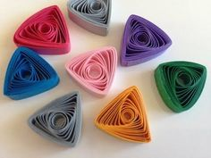 Quilling strips easy triangle using thin sweker - YouTube