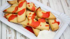Cookie Fries! Das sind süße Fritten aus Keksteig mit Ketchup aus Erdbeeren
