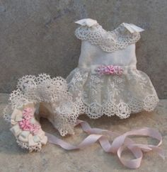"""ELABORATE HAND SEWN SILK DRESS SET FOR 5 1/2"""" ALL BISQUE MIGNONETTE by Tina (07/29/2012)"""