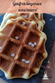 """{""""Gaufres liégeoises"""" sans beurre} Une recette de gaufres sans beurre et plus légère pour le goûter #gaufres #legeres #liegeoises Family Kitchen"""