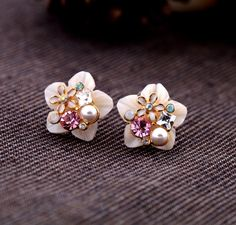 New Korean Fashion Mother Shell Plum Flower Crystal Stud Earrings M162