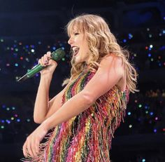 All About Taylor Swift, Long Live Taylor Swift, Taylor Swift Pictures, Taylor Alison Swift, Girl Boss, My Girl, Black Hair Kpop, Swift Tour, Star Eyes