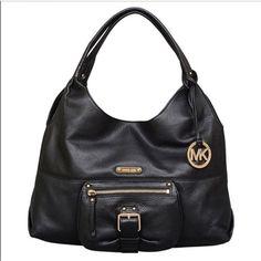 6c7fcf5d53ac Michael Kors Large Austin Hobo in Soft Black Leather & Gold Hardware! Stunning  bag is Logo lined, 1 zip, multiple slip pockets, the exterior has a slip ...