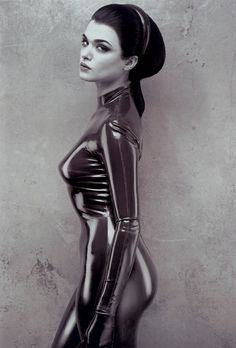 Rachel Weisz - this is what I want to look like one day, that body suit is awesome