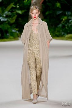 Photo feat. Josephine Skriver - Akris - Spring/Summer 2013 Ready-to-Wear - paris - Fashion Show | Brands | The FMD #lovefmd
