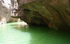 canyons do Xingo estaosituados no Rio Sao Francisco Brasil