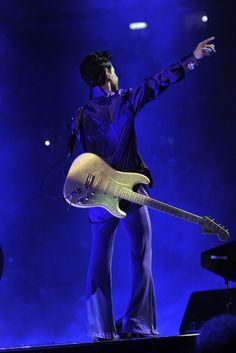 Prince Gold Experience Era | RANX ZE VOX: juin 2013