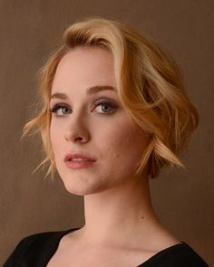 A few loose curls dress up even the shortest of bob hairstyles, like Evan Rachel Wood's.