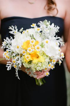 sweet + easy bridesmaids' bouquet // photo by MeganAnnPhotography.com