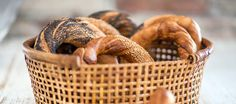 Recipe for Obwarzanki krakowskie Recipes We will be glad Bread Rolls, Favorite Holiday, Wicker Baskets, Food And Drink, Baking, My Favorite Things, Eat, Recipes, Poland