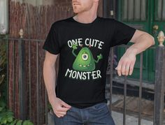 32 Cool Photoshop, Photoshop Elements, Types Of T Shirts, Cool T Shirts, Mockup Templates, Templates Free, Cute Monsters, Shirt Mockup, Summer Collection