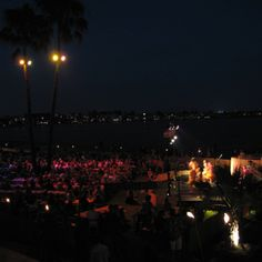 Group events in San Diego, Summer Sunset Luau, Party, Catamaran Resort Hotel and Spa on beautiful Mission Bay