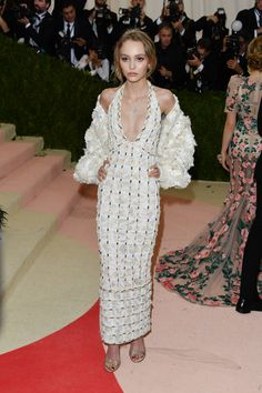 Lily-Rose Depp's Best Dressed Moments - Lily Rose Depp-Wmag