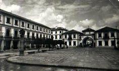 Plaza de España de Andujar JAÉN Mansions, Plaza, House Styles, Renovation, The Office, Hospitals, Offices, History, Luxury Houses