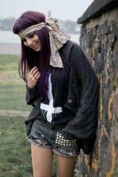 dark purple hair by beatriz