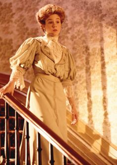 """I love the cut of this Dress also seen in """"Anne of Green Gables - The Sequel"""". Ca. 1895 (Edwardian Time)"""