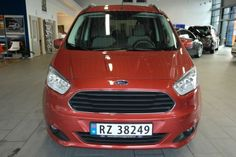 Ford Tourneo Courier, Bil