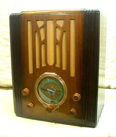 Old Antique Wood Silvertone Vintage Tube Radio - Restored & Working Tombstone #Silvertone