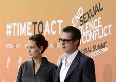 米俳優のブラッド・ピットさん(右)と米女優のアンジェリーナ・ジョリーさん=6月13日、ロンドン(EPA=時事) ▼28Aug2014時事通信|ブラピとA・ジョリーが挙式=南仏 http://www.jiji.com/jc/zc?k=201408/2014082801049