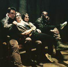 Emily posted this on Instagram!! #john #emily #willa #david  #Arrow backstage!!