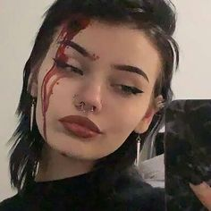 Aesthetic Makeup, Aesthetic Grunge, Aesthetic Girl, Grunge Girl, Tumblr Girls, Aesthetic Pictures, Pretty People, Makeup Inspiration, Makeup Looks