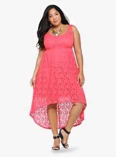 sleeveless midi coral lace high-low dress from torrid Curvy Fashion Summer, Curvy Girl Fashion, Cute Fashion, Plus Size Fashion, Fashion Outfits, Plus Size Dresses, Plus Size Outfits, Saturday Outfit, Conservative Fashion