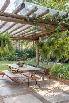 A backyard is the best area that can give a cozier vibe. Check out these backyard dining ideas to give you inspiration on making a cozy dining spot! Outdoor Pergola, Outdoor Rooms, Outdoor Gardens, Outdoor Living, Outdoor Decor, Wood Pergola, Pergola Shade, Outdoor Curtains, Pergola Lighting