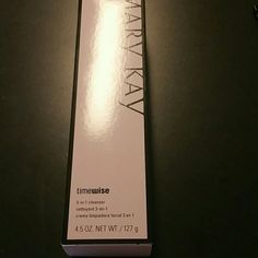 3 in 1 TimeWise cleanser Combo to oily skin 3 in 1 TimeWise cleanser clears away impurities as it begins the process to erase the visible signs of aging and restore the look of younger skin Mary Kay Makeup