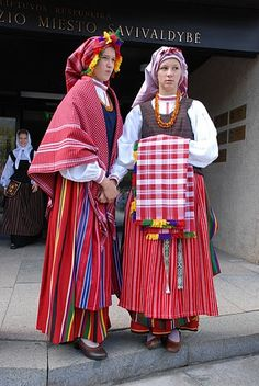 Folk costumes of Lithuania