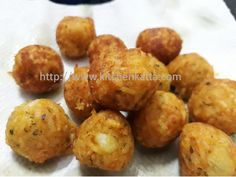 Simple trick to get over the left over rice. Try these crispy cheese balls as snacks or starters.