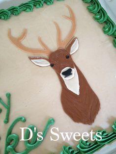 Marshmallow Fondant Deer for a hunter's birthday cake. www.dssweets.com