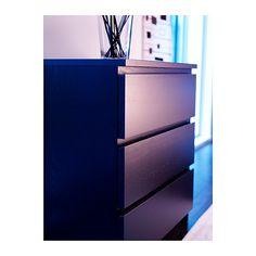 MALM Skrinka s 3 zásuvkami IKEA Mimoriadne hlboké zásuvky vám poskytnú viac úložného priestoru.