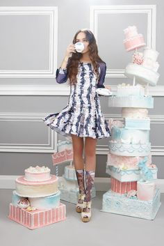 "Disaya Fall 2012 ""My Cup of Tea"": Cake, Teacups, Frosting, and Swans Thai Fashion, Fashion Art, Fashion Design, Love Design, Set Design, My Cup Of Tea, Marie Antoinette, Pregnancy Photos, Girly Girl"